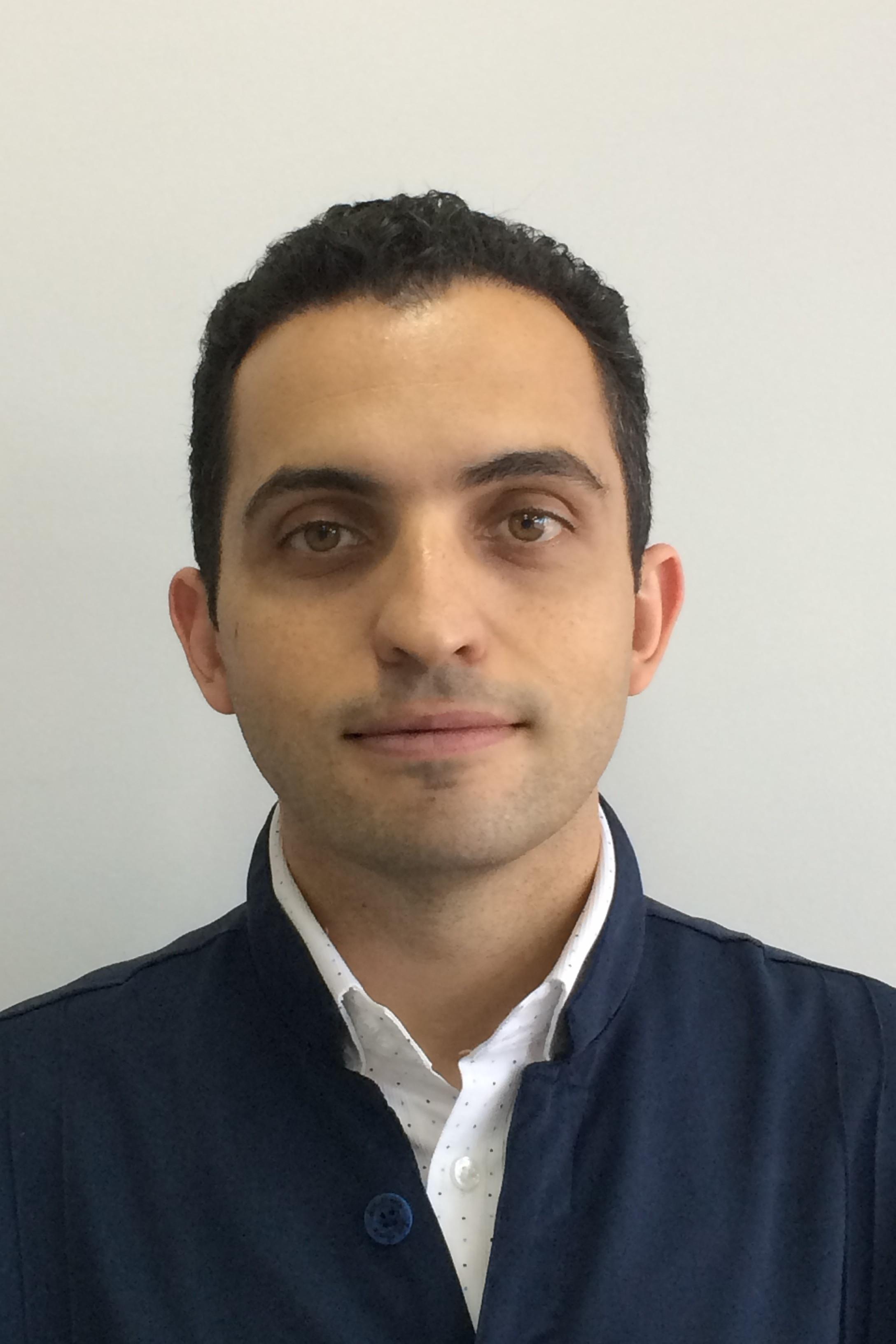 Dr. Fernando Dellazzana